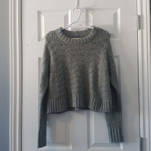 Grey open knit cropped crew neck sweater XS-S